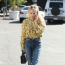 Emma Roberts at the Coffee Bean and Tea Leaf in West Hollywood 10/19/ 2016 - 454 x 695