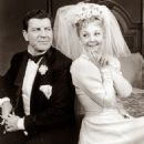 I Do! I Do! Original 1966 Broadway Cast Starring Mary Martin & Robert Preston - 454 x 584
