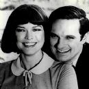 Alan Alda and Ellen Burstyn