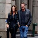 Cindy Crawford and Rande Gerber – Heads to dinner in Manhattan - 454 x 707