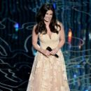 Idina Menzel At The 86th Annual Academy Awards - Show (2014)