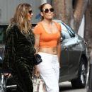 Jennifer Lopez in Tank Top – Shopping in Miami