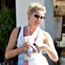 Rebecca Romijn grabs some lunch in Calabasas 10/01/10