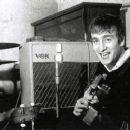 John Lennon - 454 x 253