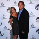 James Belushi and Jennifer Sloan - 454 x 616