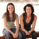 Alexis Bledel and Lauren Graham - Gilmore Girls Season Two Promo Shoot: