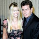 Charlie Sheen and Denise Richards - 454 x 519