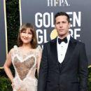 Andy Samberg and Joanna Newsom : 76th Annual Golden Globe Awards - 445 x 600