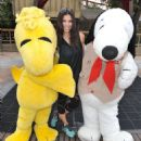Roselyn Sanchez – Visits Camp Snoopy At Knott's Berry Farm in Buena Park, CA 8/27/2016 - 454 x 512