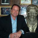 Steve Stone With Bust Of Harry Caray