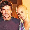 Daniel de Oliveira and Carolina Dieckmann