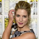 Emily Bett Rickards– Comic-Con International 2016 - 'Arrow' Press Line - 421 x 600