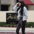 Kylie Jenner Spotted out in Beverly Hills CA February 1, 2017 - 416 x 600