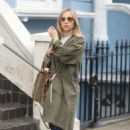 Suki Waterhouse in a Retro Khaki Jacket out in London - 454 x 681