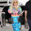 Kesha Sebert – Spotted at Lax Airport In Los Angeles - 454 x 708