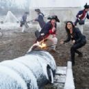 The Last Sharknado: It's About Time - 454 x 303