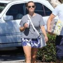 Reese Witherspoon is seen going to the market with husband Jim Toth in Los Angeles, California on June 19, 2016 - 429 x 600