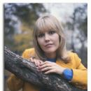 Tessa Wyatt - 334 x 418