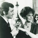 Jean-Paul Belmondo and Laura Antonelli - 454 x 594