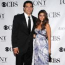 Mark Sanchez and Jamie-Lynn Sigler - 395 x 594