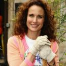 Andie MacDowell Loreal Celebrates 100 Years With Citywide Volunteer Day In NYC, 2009-06-04