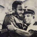 Fidel Castro and Yuri Gagarin - 454 x 317