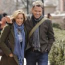 Téa Leoni and Tim Daly - 454 x 303