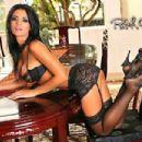 Vanessa Raia - 454 x 303