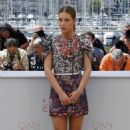 Adele Exarchopoulos - 'The Last Face' Photocall - The 69th Annual Cannes Film Festival - 454 x 651