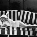 Carole Lombard - 454 x 343