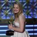 Elisabeth Moss : 69th Annual Primetime Emmy Awards - 454 x 337