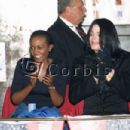 Michael Jackson, Grace Rwaramba - 454 x 302