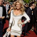 Natalie Bassingthwaighte - 2009 ARIA Awards In Sydney 26.11.09 - 454 x 743
