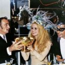 Brigitte Bardot, Gunter Sachs and Salvador Dali - 454 x 351