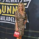 Jessica Collins – 'It's Always Sunny In Philadelphia' Premiere in Hollywood - 454 x 690