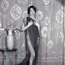 Nancy Hellman - 454 x 574