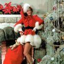 Christmas Photo Of Mary Martin - 454 x 567