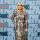 Tori Spelling – FOX Summer TCA 2019 All-Star Party in Los Angeles - 454 x 703