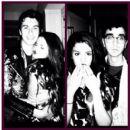 Selena Gomez - 422 x 402