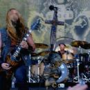 Zakk Wylde of Black Label Society performs at Ozzfest 2016 at San Manuel Amphitheater on September 24, 2016 in Los Angeles, California - 454 x 303