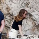 Emma Stone and Dave McCary at holiday in Capri - 454 x 678
