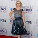 Julianne Hough: attends the 34th Annual People's Choice Awards at Nokia Theatre L.A. Live - 444 x 594