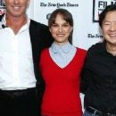 Natalie Portman: 'The Apartment' LACMA Reading!