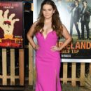 Abigail Breslin – 'Zombieland: Double Tap' Premiere in Westwood - 454 x 679