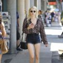 Emma Roberts – Shopping in Los Angeles 8/22/2016 - 454 x 641