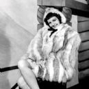 Mary Martin -- Broadway Musical Theatre Star - 441 x 600