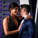 Priyanka Chopra and Nick Jonas : 2019 Vanity Fair Oscar Party - 454 x 480