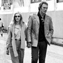 Clint Eastwood and Sondra Locke - 377 x 579