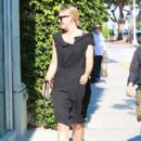 Maria Sharapova is seen out and about in Los Angeles, California on August 1, 2016 - 427 x 600