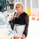 Jane Krakowski – Out and about in New York City - 454 x 461